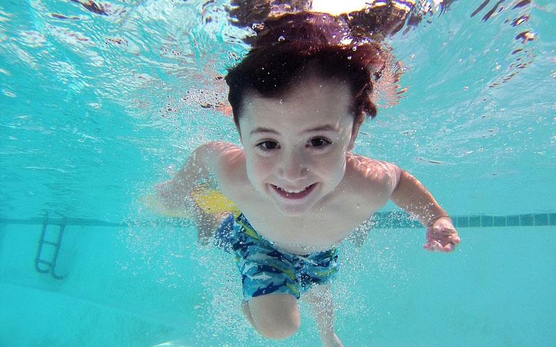 Ahorrar en verano: ¡Disfruta de tu piscina sin derrochar agua!